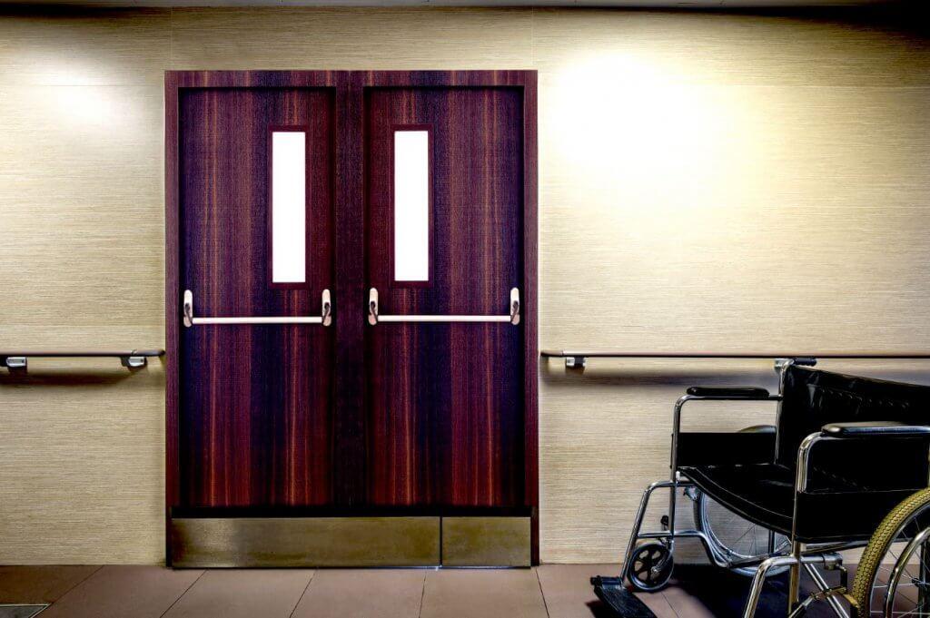 דלתות אש מעץ WoodGuard